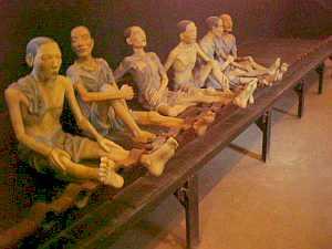 Hanoi_hoaro_prison_doll.jpg