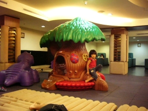 taipei_playroom.jpg